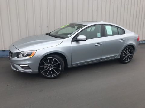 Pre-Owned 2018 Volvo S60 Dynamic